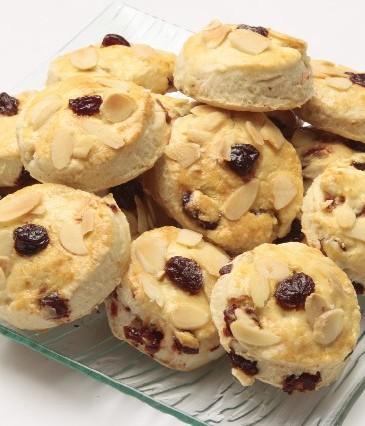 Buttercookies cu cirese & migdale 45 lei/kg, Ceainăriile Rendez Vous
