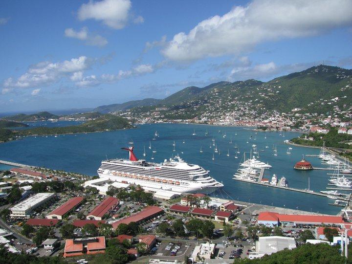 Carnival, orasul plutitor cu care am batut Caraibele acum doi ani, de Craciun