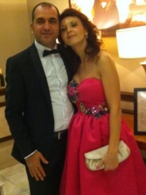 Cu soțul ei, Marcel, decembri 2013, la petrecerea de Crăciun Coldwell Banker Romania (ținuta realizare proprie)