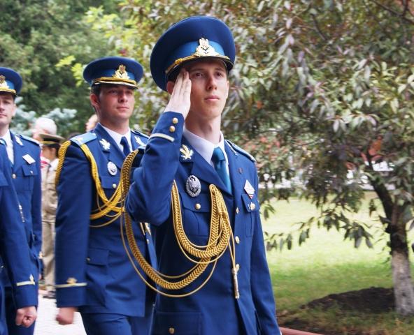 George Potrivitu la absolvirea Academiei Tehnice Militare din București (2014)