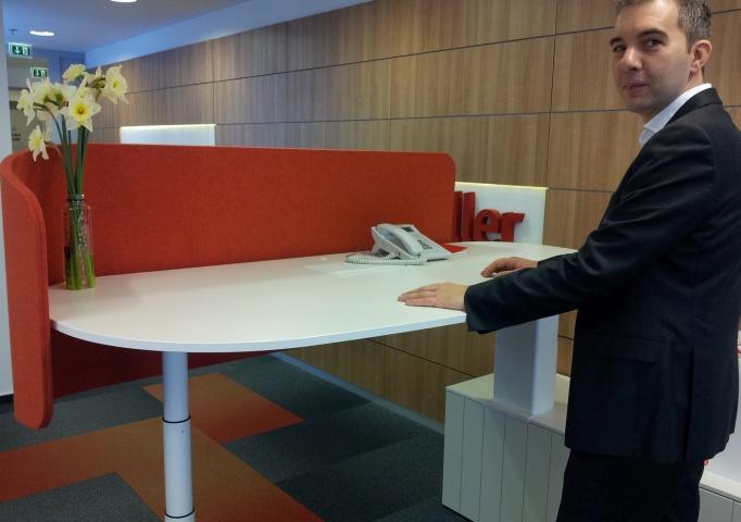 birou ajustabil Workspace Studio dealer partener Herman Miller