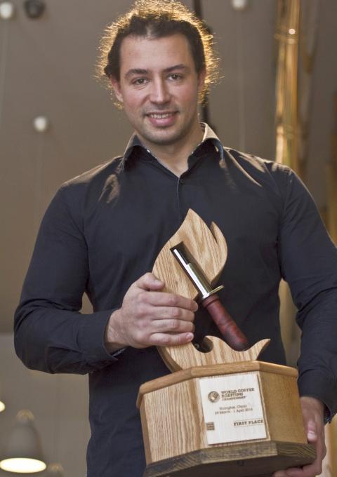 Alexandru Niculae, locul 1 la campionatul mondial de prăjire a cafelei Foto: Victor Arsene
