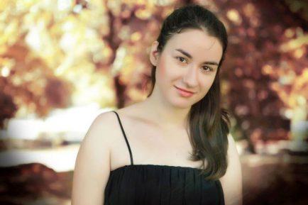 Adela Liculescu, pianistă româncă la Viena