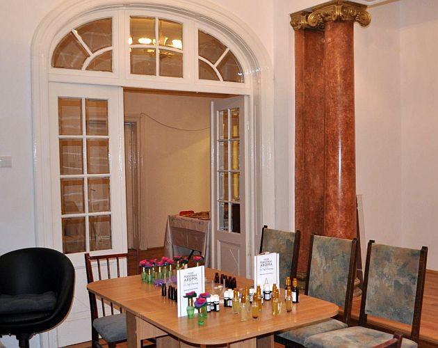 Casa cu arome, parfumier Raluca Vasile