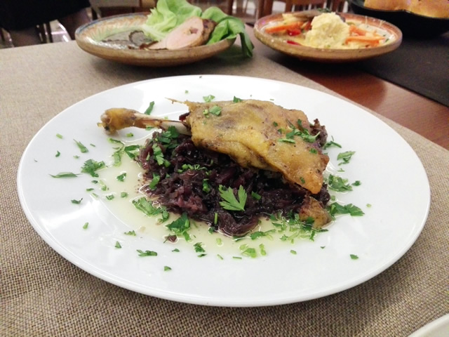 rata pe varza ca la Argedava - Restaurant La Bordei