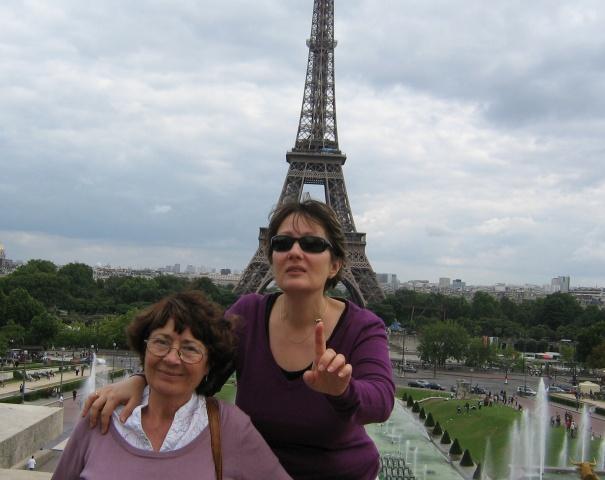 Paris, de ce călătoriile ne fac fericiți