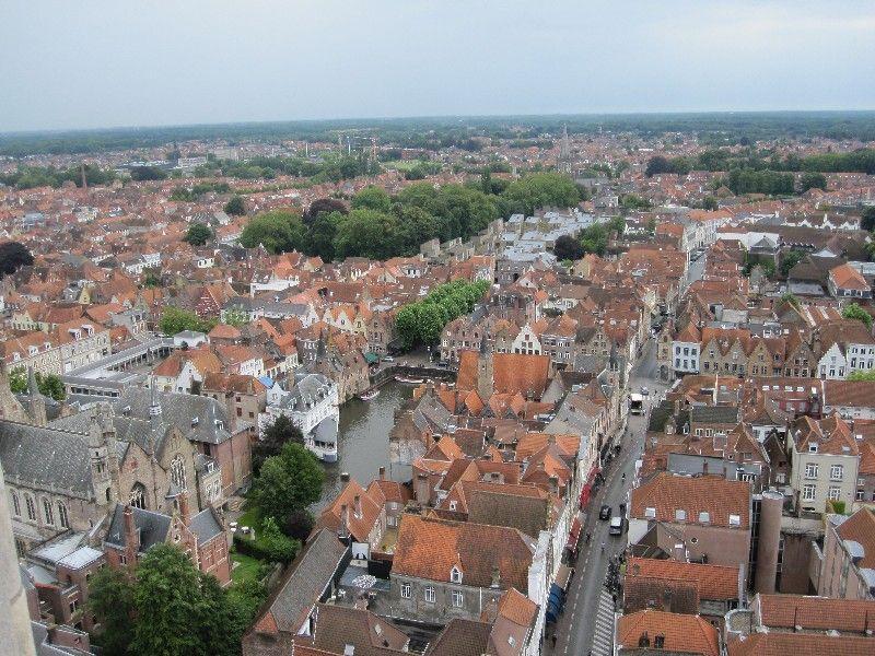 Bruges, De ce călătoriile ne fac fericiți