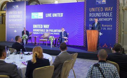 United Way România Forumul Carității Klaus Iohannis President of Romania + Steven van Groningen + Brian Gallagher