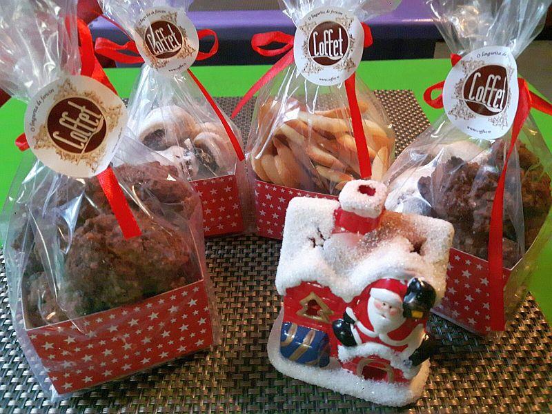 Cozonaci, prăjiturele cu unt și ciocolată la Ceainăriile Rendez-Vous, pentru degustat acasă