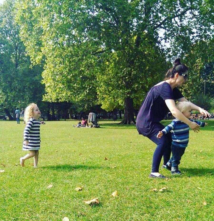 Primul job la Londra: babysitter la o familie britanică, unde s-a simțit excelent