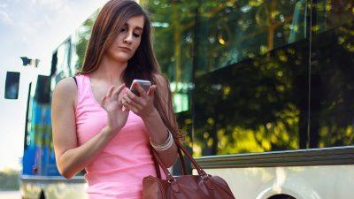 De ce iubim telefonul mobil – 3 motive la care nu te gândești