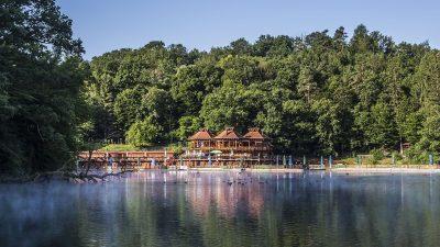 Lacul Ursu: de vineri, 22 iunie, liber la scăldat!