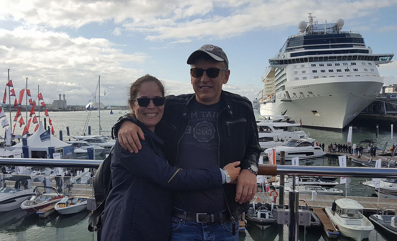 De 2 ani în Anglia (Portsmouth, un orășel-port aflat la 50 de minute de mers cu mașina spre ocean, în sud)