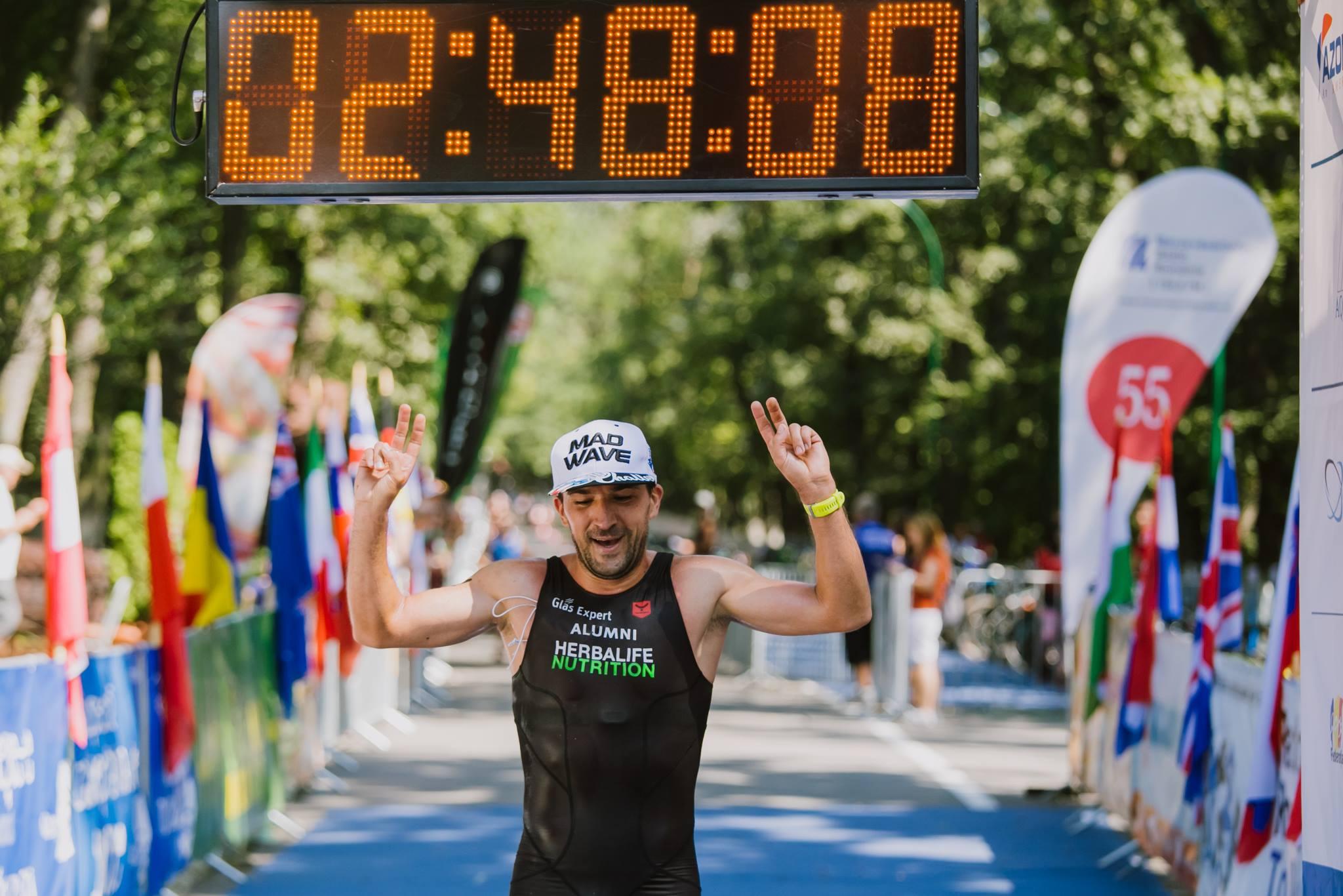 Ciprian Bălănescu Campionatul Național de Cross Triatlon, desfășurat zilele trecute în premieră la Târgu Mureș în cadrul XTERRA, cel mai important circuit internațional de Cross Triatlon.