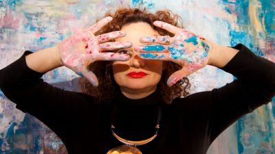 """Ramona Pintea, pictoriță la Londra: """"Succesul apare când ai încredere în tine"""""""