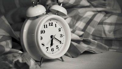 Persoanele matinale, mai sănătoase decât cele care se trezesc târziu?