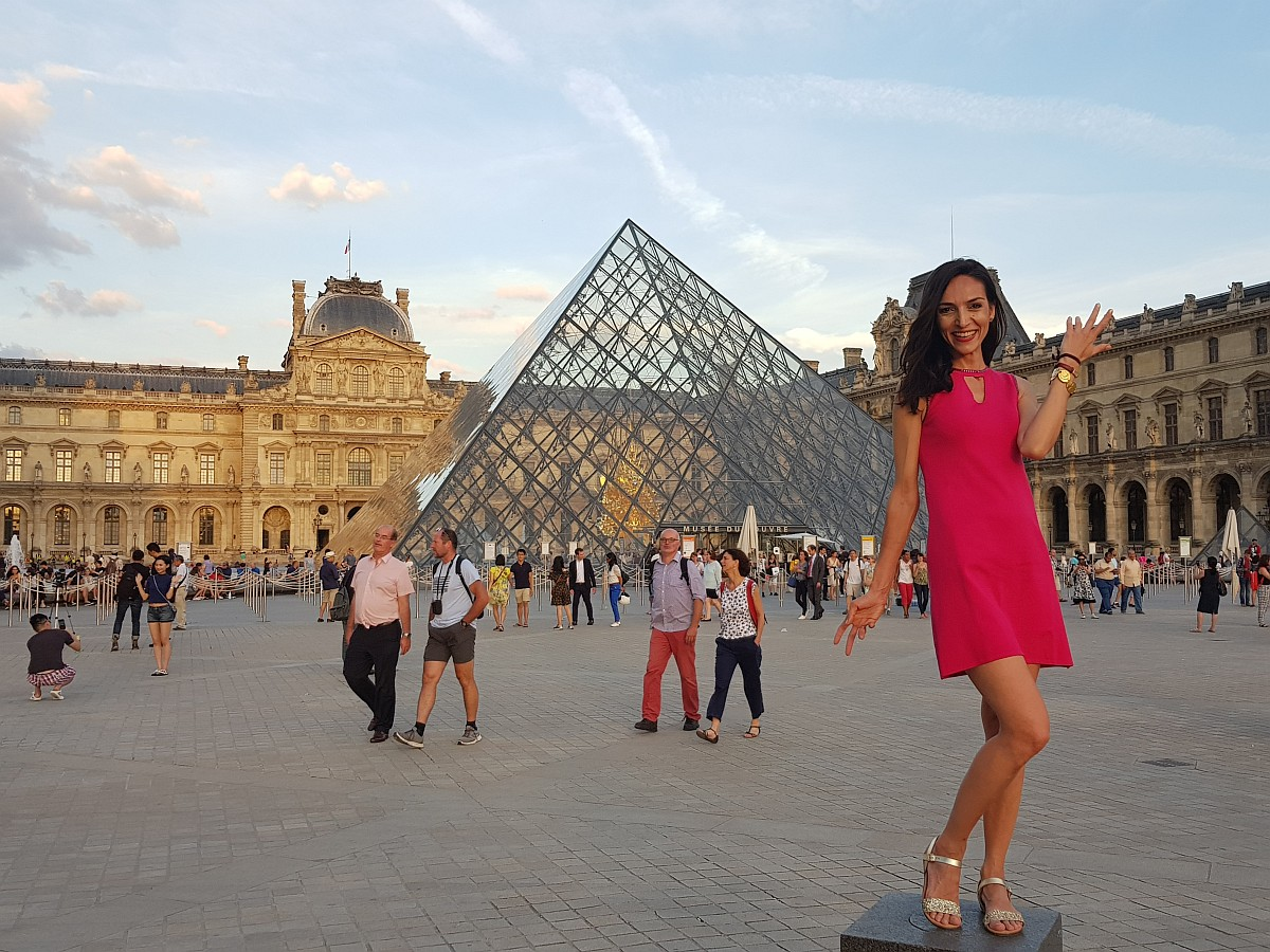Bianca Stroia Yves Rocher Paris