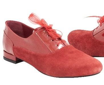 Pantofi Veronesse, 259,5 lei (reducere 20%)
