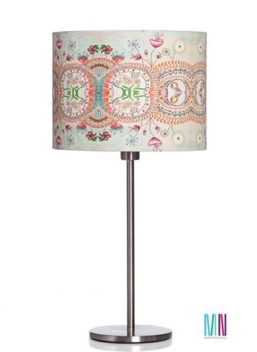 Lampă de birou, 25 cm diametru x 19 cm înălțime, 470 lei, http://marienouvellestudio.ro/