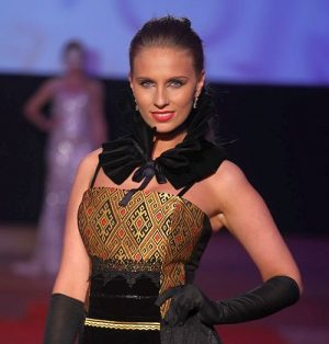 rochie Zestrea de Liliana Țuroiu