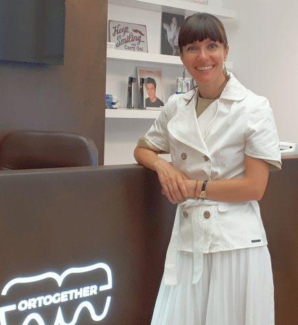 Oana Laslău medic ortodonție