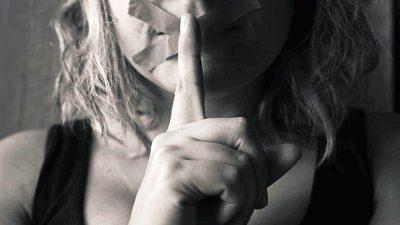 În Vox, romanul Christinei Dalcher, femeile nu au voie să vorbească