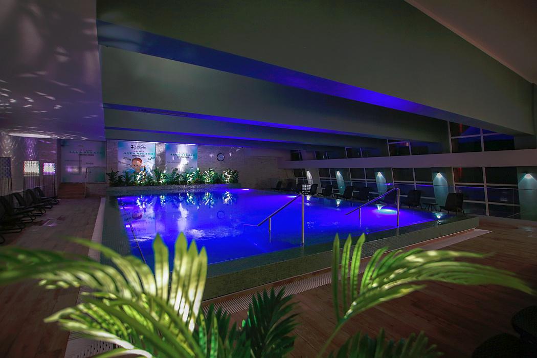 Bacolux Hotels, de la Baile Herculane: hotelurile Diana si Afrodita