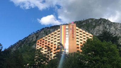 Bacolux îşi redeschide hotelurile din Herculane