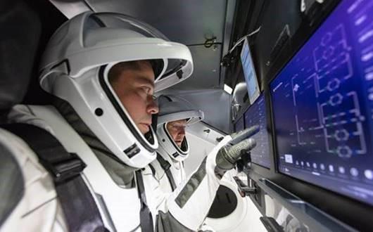 lansarea Space X