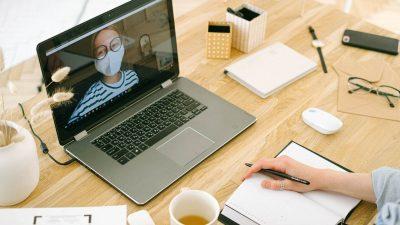 Birourile, pe cale de dispariţie? 8 consecinţe ale muncii de-acasă