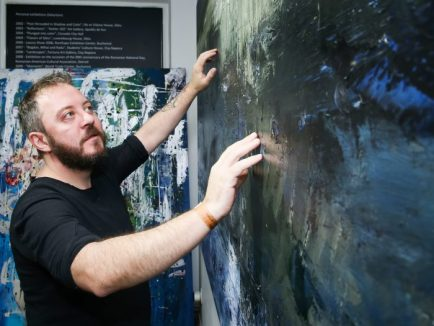 Bogdan Mihai Radu, pictor decorat
