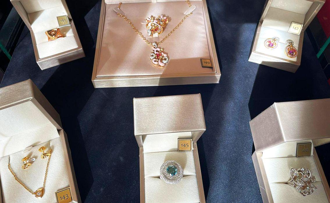 bijuteriile, cele mai scumpe cadouri de Mărţişor