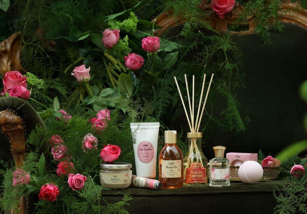 Festive Roses Collection Sabon
