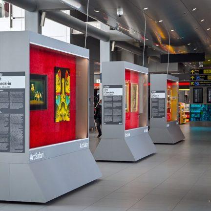 Art Safari in Aeroportul Otopeni