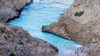 Golful Diavolului și o plajă cum n-ai mai văzut în Grecia