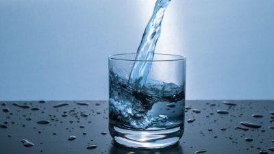 Apa minerală naturală carbogazoasă sau apă de la robinet? Rezultatele studiului Borsec