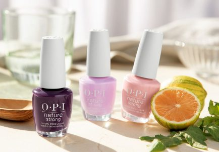 OPI Nature Strong lac de unghii din ingrediente naturale