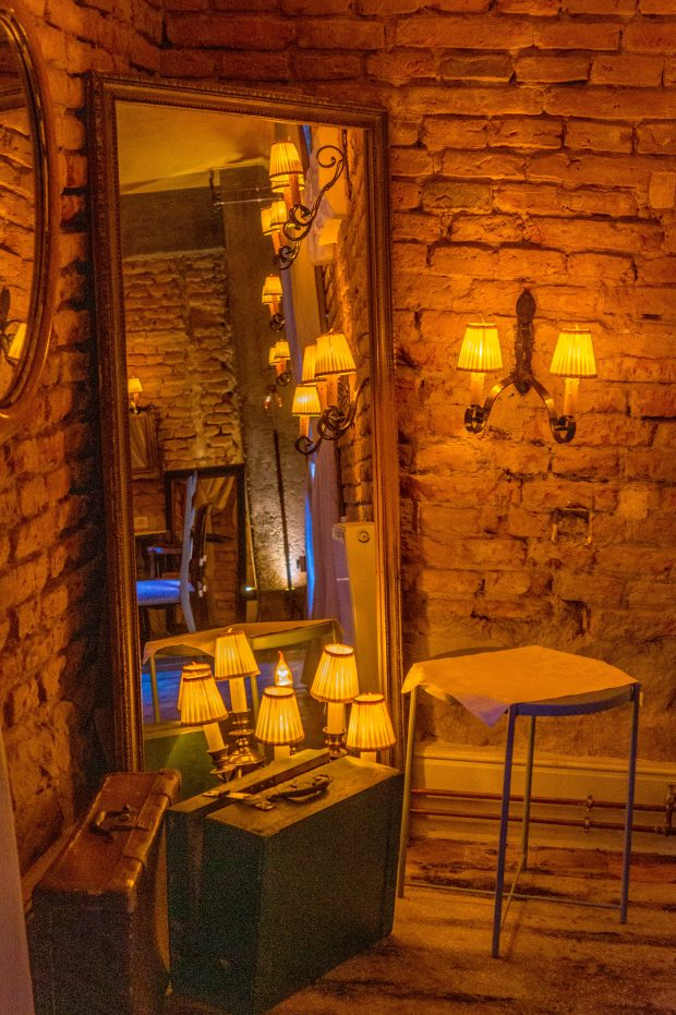 Castelul nou Mikes Zăbala - sala de mese